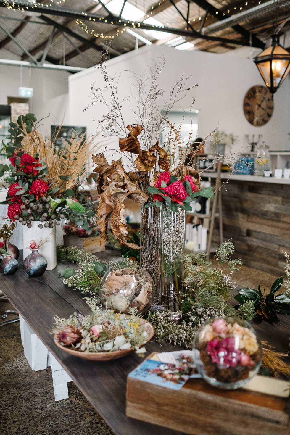 foraged wedding florals