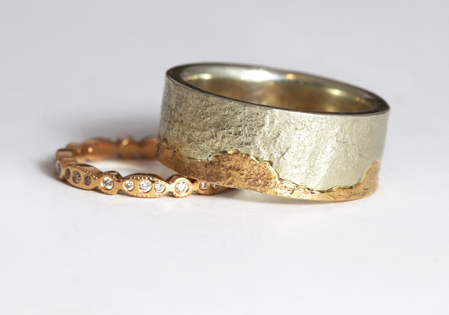Textured gold wedding ring Zoe Pook