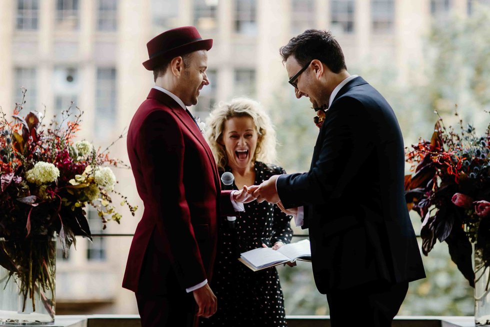 Wendy Does Weddings – Warm, Joyful and Relaxed Ceremonies
