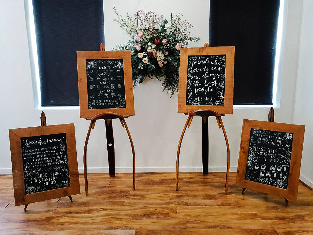 This image has an empty alt attribute; its file name is Recycled-timber-wedding-furniture-hire-Adelaide-1-1024x768.jpg